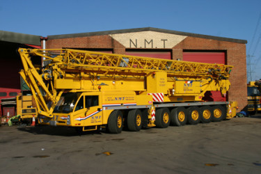 A picture of a Spierings 7 Axle mobile tower crane
