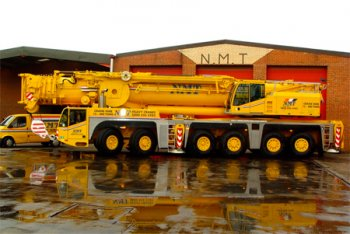A picture of a Terex 250 Ton all terrain crane