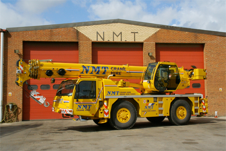 A picture of a Terex 35 Ton Long all terrain crane