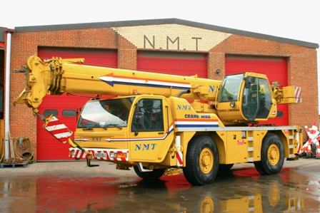A picture of a Terex 35 Ton all terrain crane